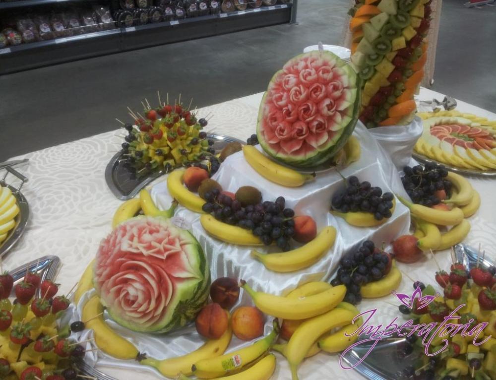 Sculpturi fructe – Selgros